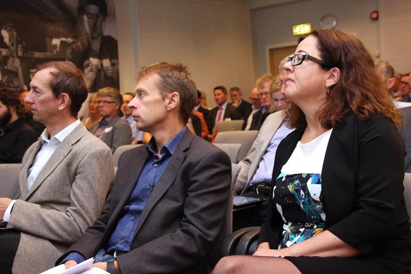 dna_dialogkonferanse_benken_841